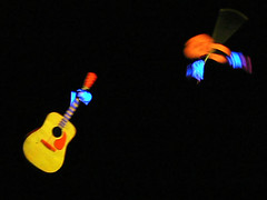Check out how fast they're playing that fiddle! (Lollie Dot Com) Tags: blacklight lolliedotcompix theduttons