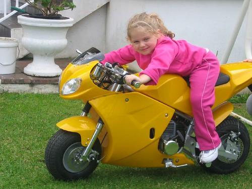 Veronica + Pocket Bike