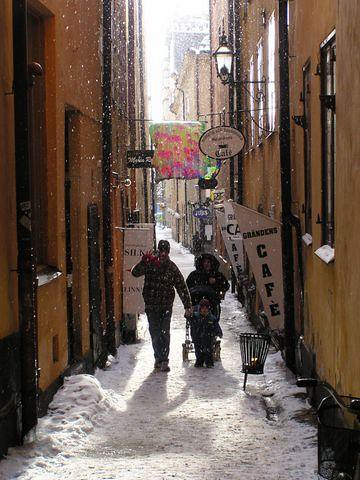"""Stockholm - Gamla Stan • <a style=""""font-size:0.8em;"""" href=""""http://www.flickr.com/photos/26679841@N00/292234362/"""" target=""""_blank"""">View on Flickr</a>"""