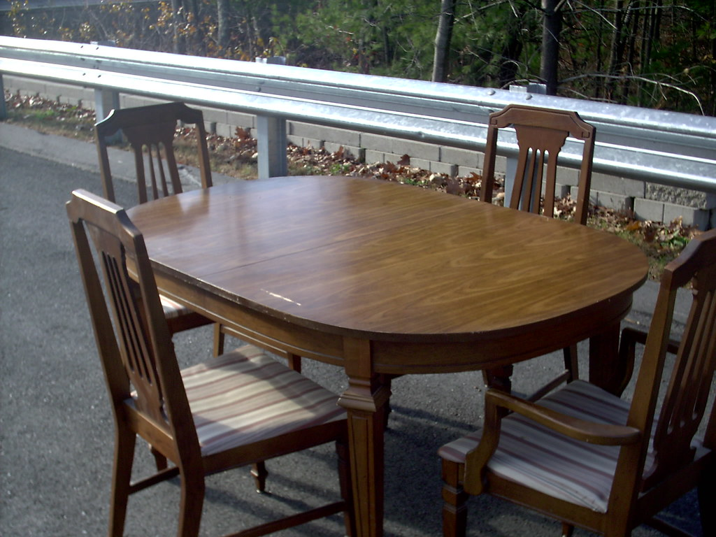 Pecan Oval Dining Room Table 007