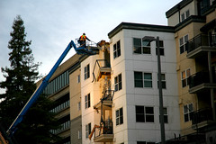 248-unit Pinnacle Bell Centre (rb_uncle) Tags: washington bell crane crash accident microsoft collapse wa lawyer bellevue attorney pinnacle bellcentre