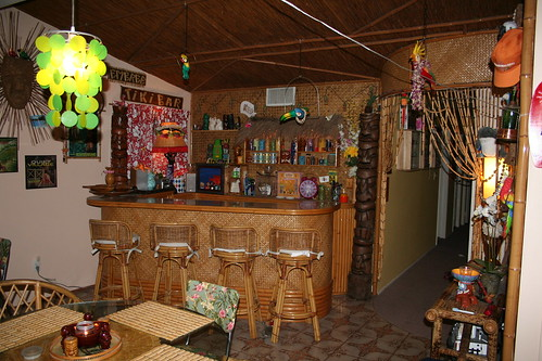 Tiki Bar Ceiling - Need Advice Quickly!!!! -- Tiki Central