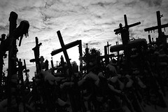 Crosses against the cloudy sky (Markus Moning) Tags: schnee sky blackandwhite bw cloud white snow black berg clouds grey cross cloudy hill religion himmel crosses wolke wolken grau kreuz sw schwarzweiss der canoneos350d weiss schwarz lithuania crux kreuze siauliai moning hillofcrosses lietuva litauen bewlkt kalnas iauliai 123bw kryi markusmoning newphotographer abigfave