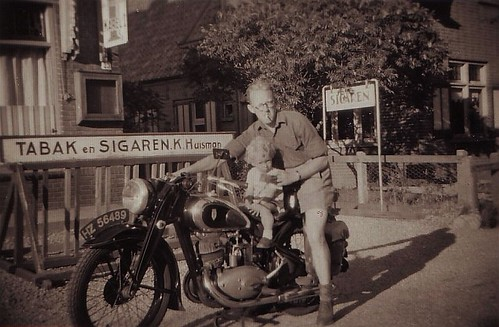HELLS ANGELS:ME AND MY DAD (1948)
