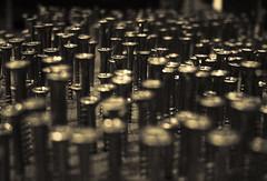 DoF (fabiogiolito) Tags: brazil art brasil dof br arte sopaulo nails sp bienal parafuso