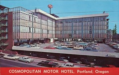Cosmopolitan Motor Hotel, Portland, Oregon (SwellMap) Tags: postcard vintage retro pc chrome 50s 60s sixties fifties roadside midcentury populuxe atomicage nostalgia americana advertising coldwar suburbia consumer babyboomer kitsch spaceage design style googie architecture