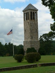 The Singing Tower of Luray (Country Squire) Tags: tower bells virginia 2006 va luray carillon