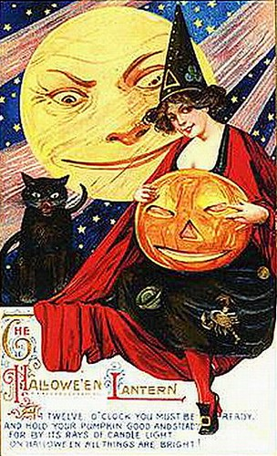 Halloween-Lantern (by senses working overtime)