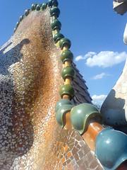 Dragon's back (Sheesh) Tags: barcelona casa gaudi batllo