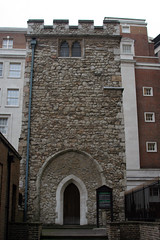 A Stain On Mark Lane (MykReeve) Tags: london tower church stone teamb cityoflondon target08 lfsh281006 marklane allhallowsstaining