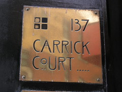 Mackintosh-style 137 and lettering (Kentigern) Tags: building glasgow number 137 mackintosh