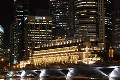 Fullerton Hotel (DanielKHC) Tags: city longexposure building skyline night singapore sony alpha a100 skyarchitecture danielcheong danielkhc