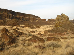 flickr19 (Tanner Grant) Tags: washington hiking dryfalls dryfallslake monumentcoulee umatillarock