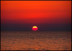 good evening... (B@ni) Tags: sunset sea orange sun turkey scarlet atardecer evening horizon trkiye turquie trkei deniz turkije turquia couchdesoleil tyrkiet gnbatm turchia gne turkki turkiet akam tyrkia originalcolors turuncu kzl inkumu tyrkland