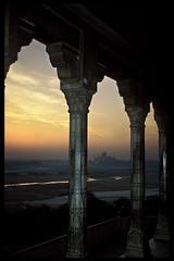 INDIA - Sunrise over the Taj Mahal (BoazImages) Tags: morning travel light sun india up topv111 architecture sunrise asia ray fort muslim islam taj tajmahal agra exotic moghul agrafort shajahan