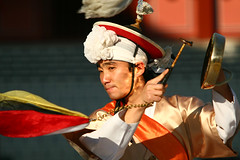 Suwon Korean drum performance Suwon South Korea (Derekwin) Tags: dance korea derek korean southkorea winchester hwaseong suwon koreandance derekwin derekwinchester