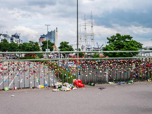 Lovelocks and Garbage