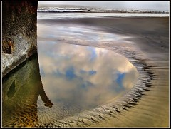 shore (jody9) Tags: beach oregon coast bravo shipwreck astoria peteriredale magicdonkey abigfave anawesomeshot