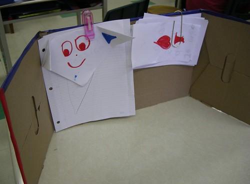 Le carnet de classe en carton