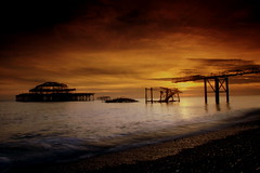West Pier Sunset #1 (KLV Lancaster.net) Tags: old uk sunset brighton top20sunrisesunset quality 2006 westpier canond30 shacky specland abigfave aplusphoto keithlancaster