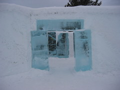 Archway at Icehotel, Jukkasjarvi, Sweden (Paul Mannix) Tags: vacation holiday canon paul sweden 2006 s40 april icehotel jukkasjarvi mannix poweshot canonpoweshots40 paulmannix