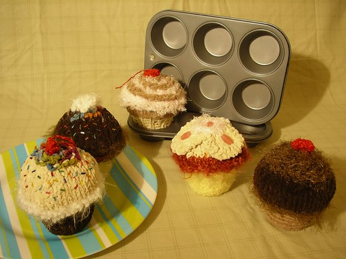 Ms. Darcy's Knitted Cupcakes - For Sale? by NineInchNachosII.