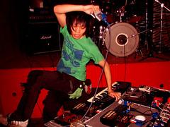 Deracine (digital_freak) Tags: show music france concert keyboard punk sampler lyon gig livemusic amp 2006 sonic hardcore stuff punkrock pedals lyons kishimoto hxc jpunk digitalfreak deracine daisukekishimoto avantpunk