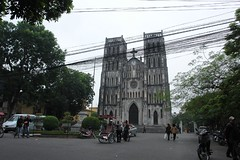 Hanoi - Christian church (CharlesFred) Tags: street travel asian asia vietnamese streetphotography vietnam frenchquarter hanoi asean oldquarter