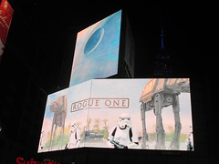 Star Wars - Rogue One Story Electronic Billboard 8677 (Brechtbug) Tags: star wars rogue one story electronic billboard 2016 theatre lobby 34th street amc theater new york city space opera film movie science fiction scifi android kaytoo k2so imperial droid protocol robot metal man mekkano adventure galactic prototype design metropolis fritz lang death plans card board december 12122016 nyc standee poster billboards posters ralph mcquarrie ron cobb syd mead empire state building