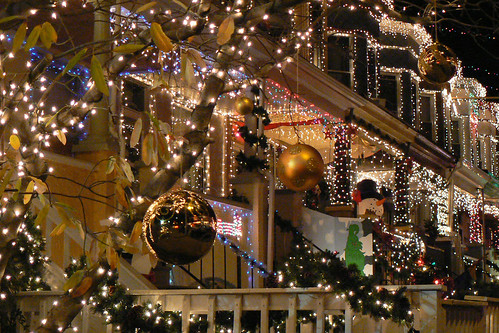 Holiday fun christmas light displays in the dc area beltway image aloadofball Images