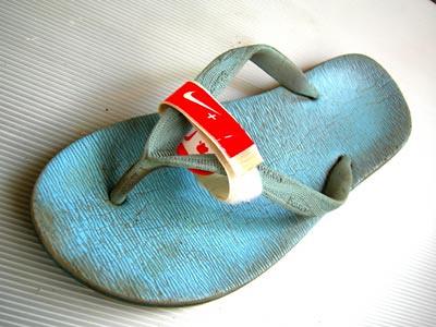 sport shoe ipod nike sandal