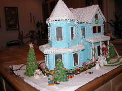 Gingerbread house (ineedathis, Everyday I get up, it's a great day!) Tags: christmas miniatures baking decorating gingerbreadhouse merrychristmas gumpaste victorianhome cakedecorating royalicing