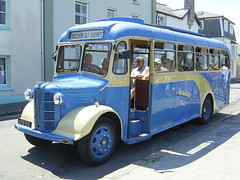 Vintage bus on the Isles of Scilly (Richard and Gill) Tags: bus cornwall katie scilly stmarys cornish islesofscilly scillyisles vvs913