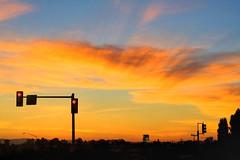 I Must Stop the Car (flopper) Tags: california blue light sunset red sky colors car fremont stop driver windshield must redlight trafficsignal fremontca flopper bigfave p1f1