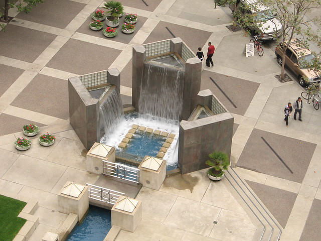 Manual Fountain