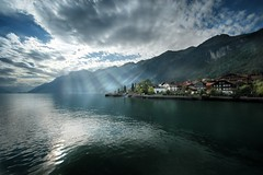 Brienz (gms) Tags: light lake sunshine switzerland brienz brienzersee dramatic rays spseeingthelight