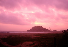 Pink Sunrise - Amanecer Rosado (CAUT) Tags: park pink parque sea beach sunrise dawn see mar colombia rosa playa amanecer caribbean tayrona caribe karibik rosado tairona arrecifes tayronanationalpark tayronapark parquenacionaltayrona