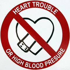 HEART TROUBLE OR HIGH BLOOD PRESSURE (Leo Reynolds) Tags: sign canon eos iso400 squaredcircle 30d 65mm f13 signsafety signno 0003sec 0ev hpexif sqiow signcirclebar signprohibit xratio11x sqset014 xleol30x