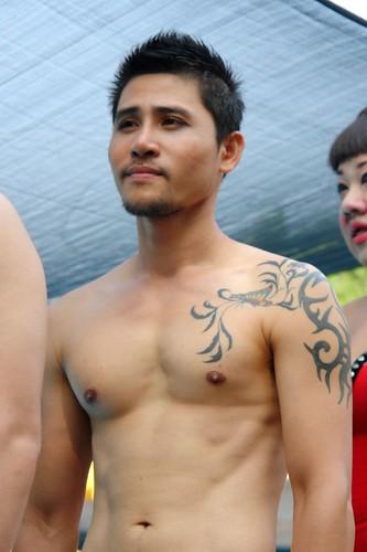 Flickr: CharlesFred - Bangkok Pride - Pool hunk