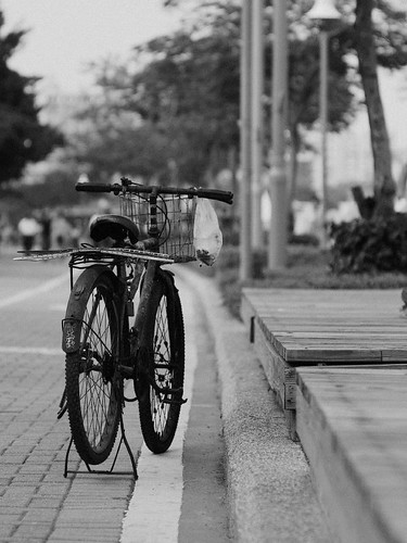 bicycle (by 小帽(Hat))