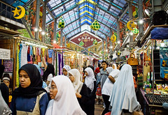 Turkish Bazaar (Stuck in Customs) Tags: shop shopping muslim islam malaysia kualalumpur bazaar bazar turkish headdress