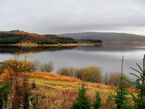 шотландское озеро