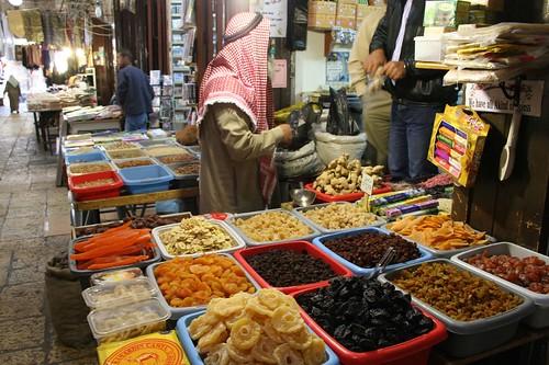 palestinian market in the old city of  Jerusalem