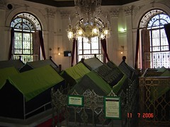 Makam2 Sultan Mahmut II, Sultan Abdul Aziz, Sultan Abdul Hamid II dan keluarga, Istanbul, Turkey