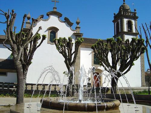 Igreja Paroquial de Cinfães - Portugal par Portuguese_eyes