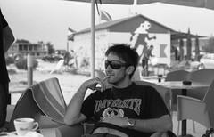 Un'idea per i giorni di sole (giuli@) Tags: portrait blackandwhite bw film beach analog geotagged 50mm lenstagged tmax iso400 croatia cor ritratto croazia zuiko spiaggia kodaktmax400 olympusom10 kodaktmax blackandwhitefilm formeryugoslavia 400tmy bibinje exjugoslavia zuiko50mmf18 viaggiozingaro giuliarossaphoto bnritratto geo:lat=44052611 geo:lon=15295377 noawardsplease nolargebannersplease