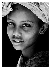 Eritrea girl (Eric Lafforgue) Tags: africa woman girl female eyes women noiretblanc femme yeux fille regard eritrea theface eastafrica aoi opop eritreo sanafe instantfave erytrea lafforgue 123bw africangirl eritreia  ericlafforgue abigfave lafforguemaccom artlibre mytripsmypics ertra ericlafforgue    eritre   rythre eritreja eritria africaorientaleitaliana eritreangirl    eritre eritrja  eritreya  erythraa erytreja