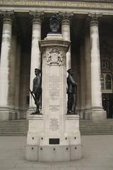 UK - London - The City: First World War Memorial - by wallyg