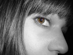 MiRaDaS (RoOoOo!!!) Tags: bw eye blancoynegro look cutout ojo bn mirada desaturadoselectivo eyescutouts