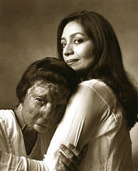 Fakhra Yunus & Tehmina Durrani (**** j a z z z i ***) Tags: pakistan portrait white black girl beautiful women acid victim domestic burn violence pakistani horrible karachi brutality victims courage yunus khar violance tehmina explored durrani fakhra